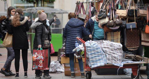 Street traders are to return to Dublin's Henry Street and O'Connell Street in the run-up to Christmas. File photograph: Dara Mac Dónaill/The Irish Times