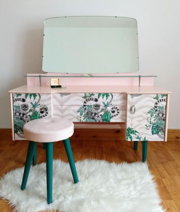 Dressing table and stool restored and handpainted by Ann Louise Tyson
