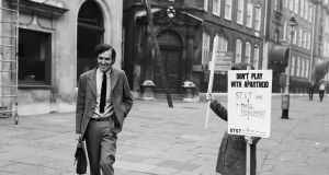 Peter Hain, leader of the Stop The Seventy Tour,  leaving Bow Street Magistrates Court in London in September 1971 after answering summonses alleging conspiracy to disrupt sporting events. Photograph:  Roger Jackson/Central Press/Getty Images