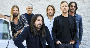 Foo Fighters: Taylor Hawkins, Pat Smear, Dave Grohl, Chris Shiflett, Nate Mendel and Rami Jaffee