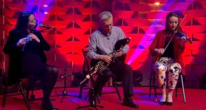 Emer Mayock, Mick O'Brien and Aoife Ní Bhriain playing on TG4's Gradam Ceoil in 2014. Photograph: TG4/YouTube.