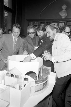 From left to right; Christopher Plummer, Peter Sellers, George Murcell and Eric Porter, with a model of a project at a reception at the National Portrait Gallery in December 1970. Photograph: PA/PA Wire