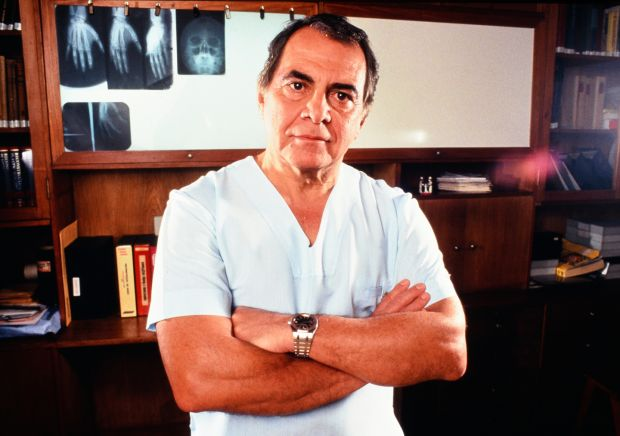 Dr Ivo Pitanguy in his clinic, Rio De Janeiro, Brazil in December 1982. File photograph: Paul Harris/Getty