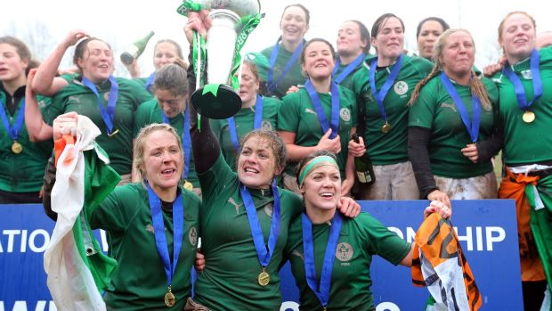 Lynne Cantwell celebrates Ireland's Six Nations title win in 2013. Photograph: Dan Sheridan/Inpho