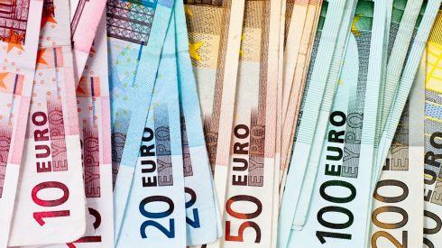Future of Irish domestic economy may rest on pricking bloated savings bubble