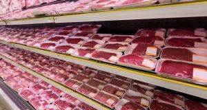 High consumption of meat carries higher risk of heart disease, pneumonia, digestive conditions according to new research