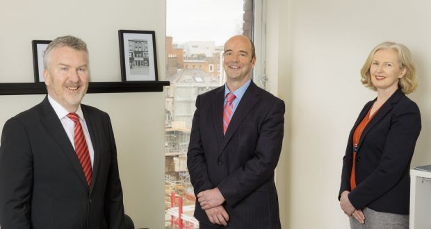 TWM directors Sean O'Neill (left) and Michele Jackson (right) with the firm's newly-appointed director Ken Noble