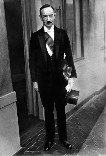 Charles Bewley, a notoriously anti-Semitic Irish diplomat