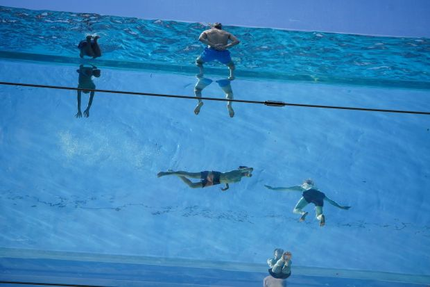 Irish Built Sky Pool A World First 10 Storeys Up Transparent And Hanging Between Two High Rises