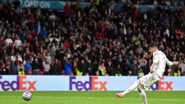 Alvaro Morata sbaglia un rigore contro l'Italia dopo l'uscita della Spagna da Euro 2020. Foto: Justin Tallis/EPA
