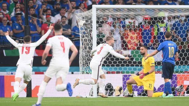 Đội tuyển Anh ăn mừng bàn thắng sớm vào lưới Ý tại sân vận động Wembley.  Ảnh: Laurence Griffiths / Getty Images