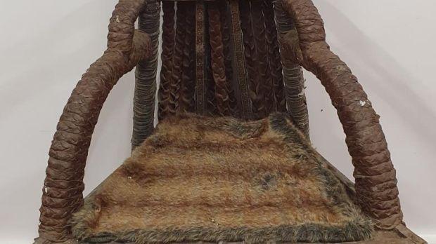 Le trône du roi Ivor de la saison 4 de Vikings, estimé entre 300 et 500 € par Seán Eacrett.