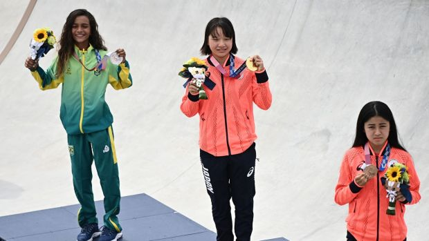 Tokyo 2020: 13-year-old Japanese skateboarder wins Olympic gold