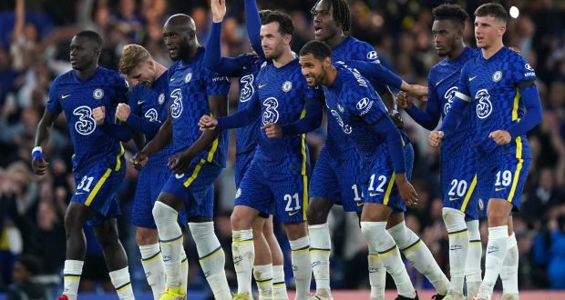 Carabao Cup: Chelsea and Spurs both advance on penalties