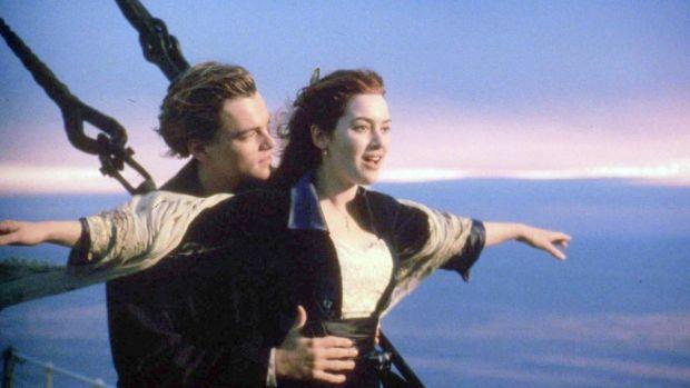 Leonardo Di Caprio and Kate Winslet in Titanic